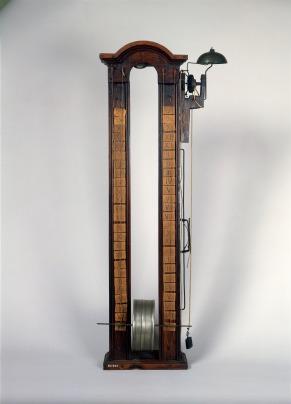 Clepsydre à tambour avec réveil, 1700-1800Horlogerie / Horloge